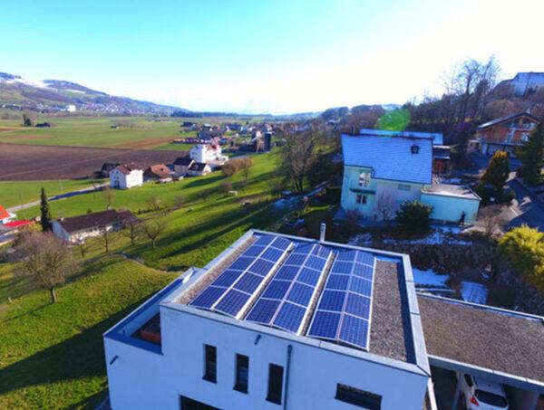 Familie Strebel - image Kissling_kunz_Solartech_01-600x453 on https://kunz-solartech.ch