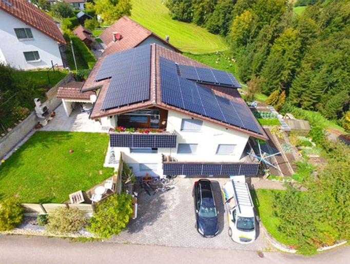 Referenzen, Werthenstein | Flachdach | Kunz Solartech