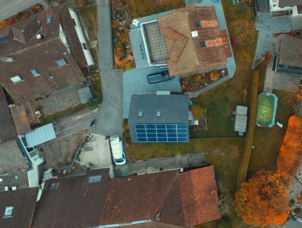 Siegenthaler - image Preisig_Kunz_Solartech_Beitrag_01-600x453 on https://kunz-solartech.ch