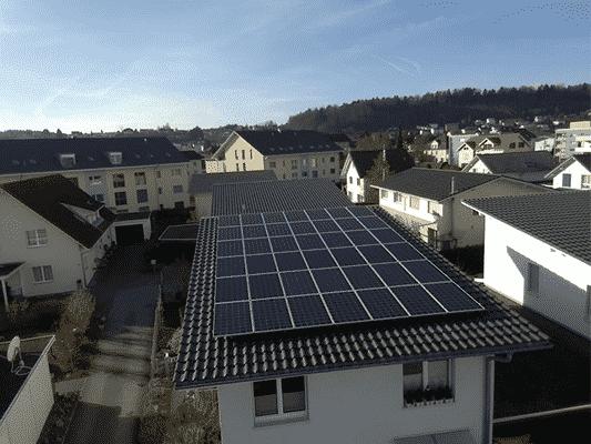 Referenzanlagen - image Spengler_Kunz_Solartech_01 on https://kunz-solartech.ch