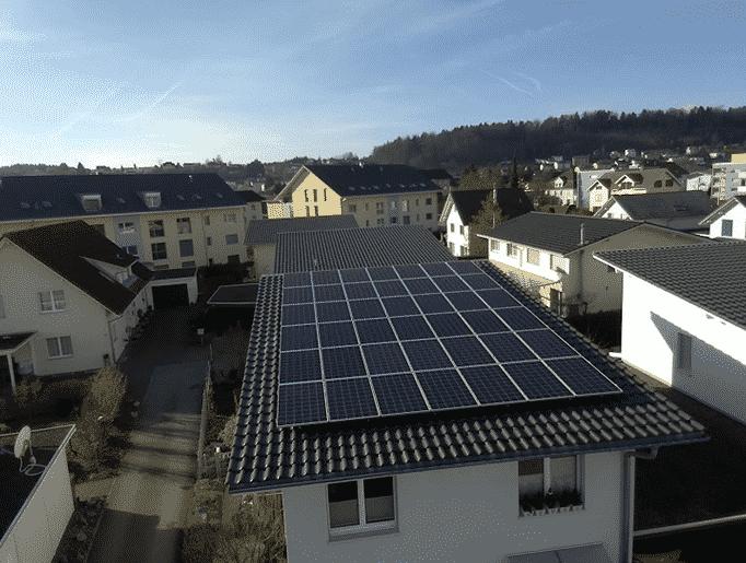 Referenzanlagen - image Spengler_Kunz_Solartech_Beitrag_01 on https://kunz-solartech.ch