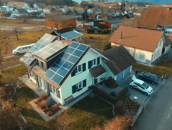 Theus - image Strebel_Kunz_Solartech_Beitrag_01-600x453 on https://kunz-solartech.ch
