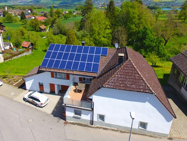 Referenzanlagen - image Wespi_Kunz_Solartech_Beitrag_01-600x453 on https://kunz-solartech.ch